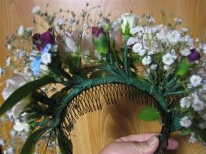 卒業式の生花の髪飾りカチューシャ