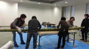 新春ディスプレイ設置 竹磨き