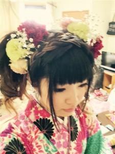 卒業式生花の髪飾り