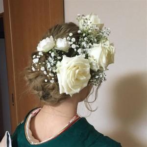 白バラ成人式生花髪飾り